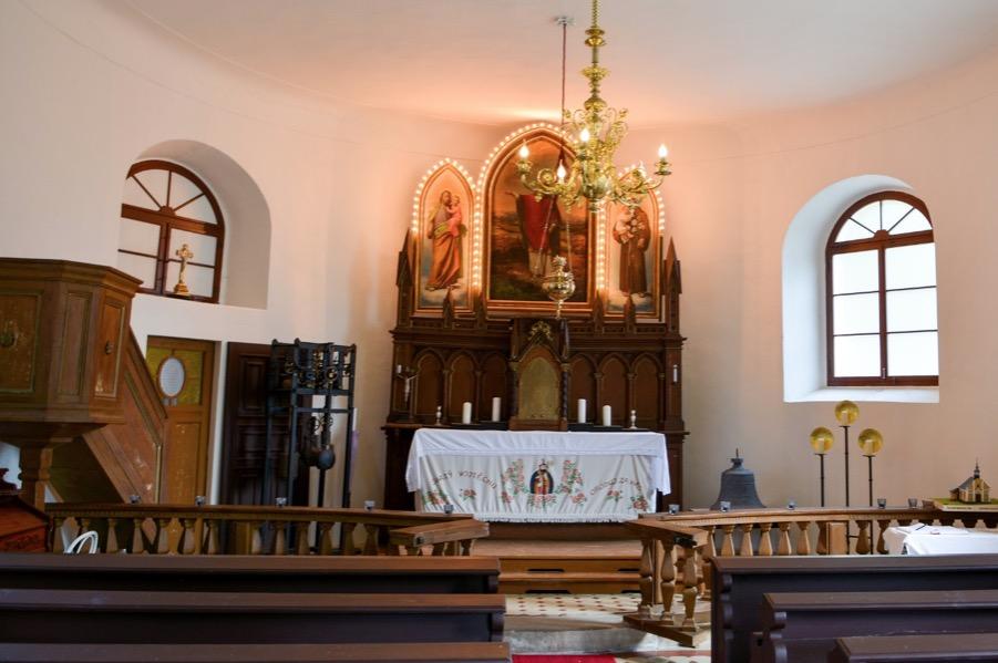 kostel_ostasov2
