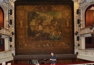 Vzácná opona od Gustava Klimta