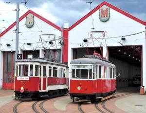 Historické tramvaje ve vozovně